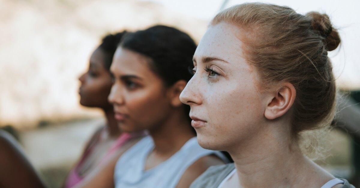 women row (1)